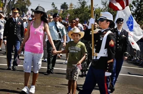la-me-0722-gay-military